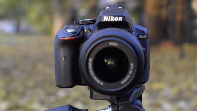 Самый лучший фотоаппарат среднего класса с сенсором APS-C Nikon D5300