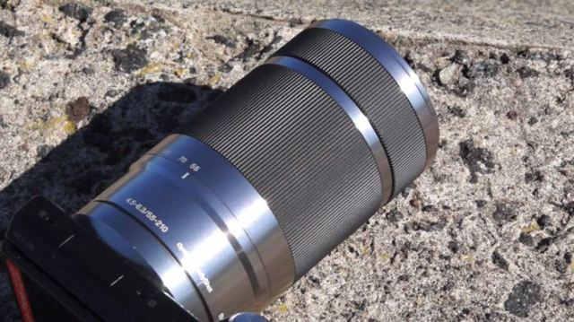 Sony E 55-210мм F4.5-6.3