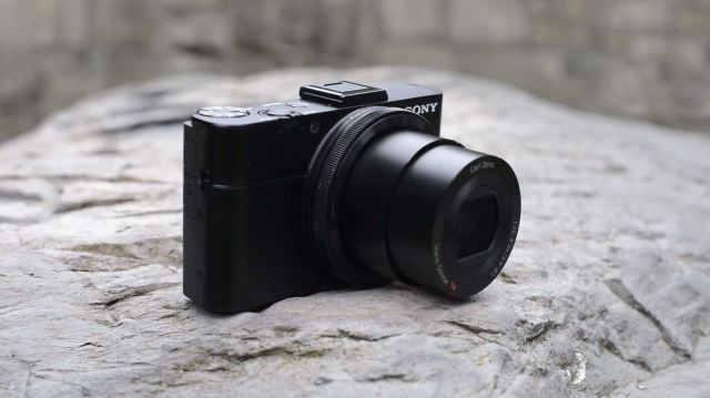 Самый лучший дорожный компактный фотоаппарат Sony RX100 M2