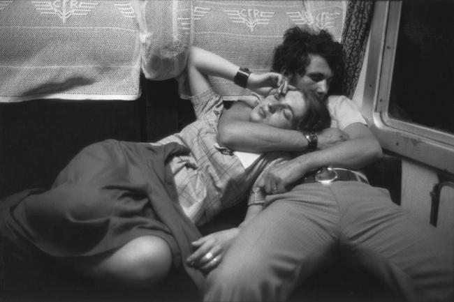 В поезде, Румыния, 1975.