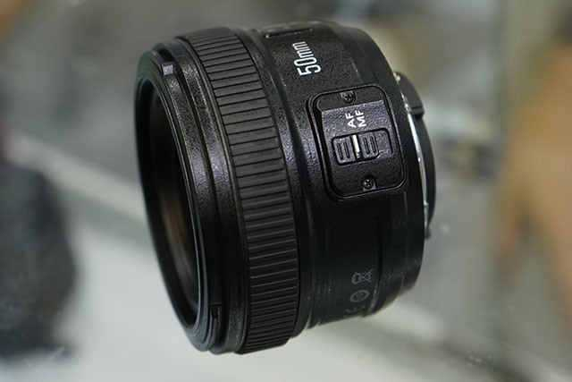 Yongnuo-AF-S-50mm-f1.8-lens-for-Nikon-F-mount-2