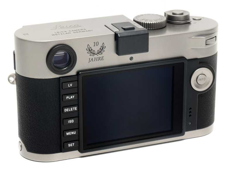 leica-m-p-typ-240-titanium-limited-edition-camera-leica-store-ginza-10th-anniversary-4