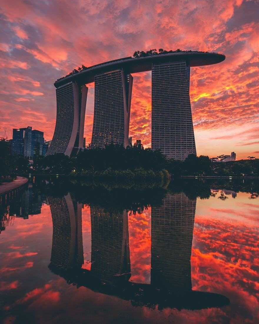 Incredible-views-of-the-country-that-leapt-from-the-third-world-to-the-first-within-one-generation-Singapore-5890923fe78ae__880
