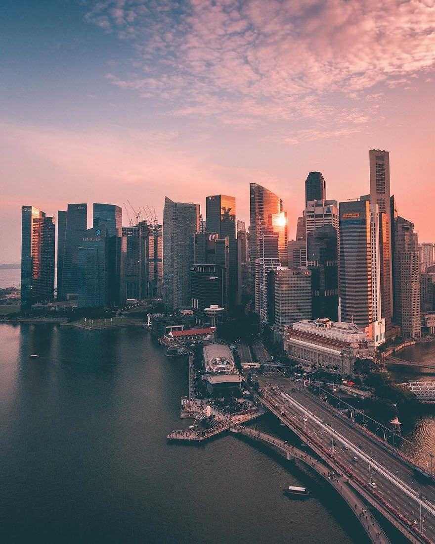 Incredible-views-of-the-country-that-leapt-from-the-third-world-to-the-first-within-one-generation-Singapore-589190215f785__880