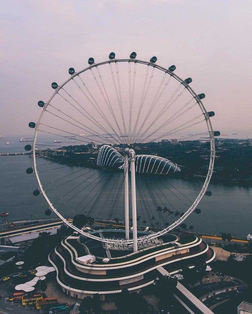 Incredible-views-of-the-country-that-leapt-from-the-third-world-to-the-first-within-one-generation-Singapore-589190306601a__880