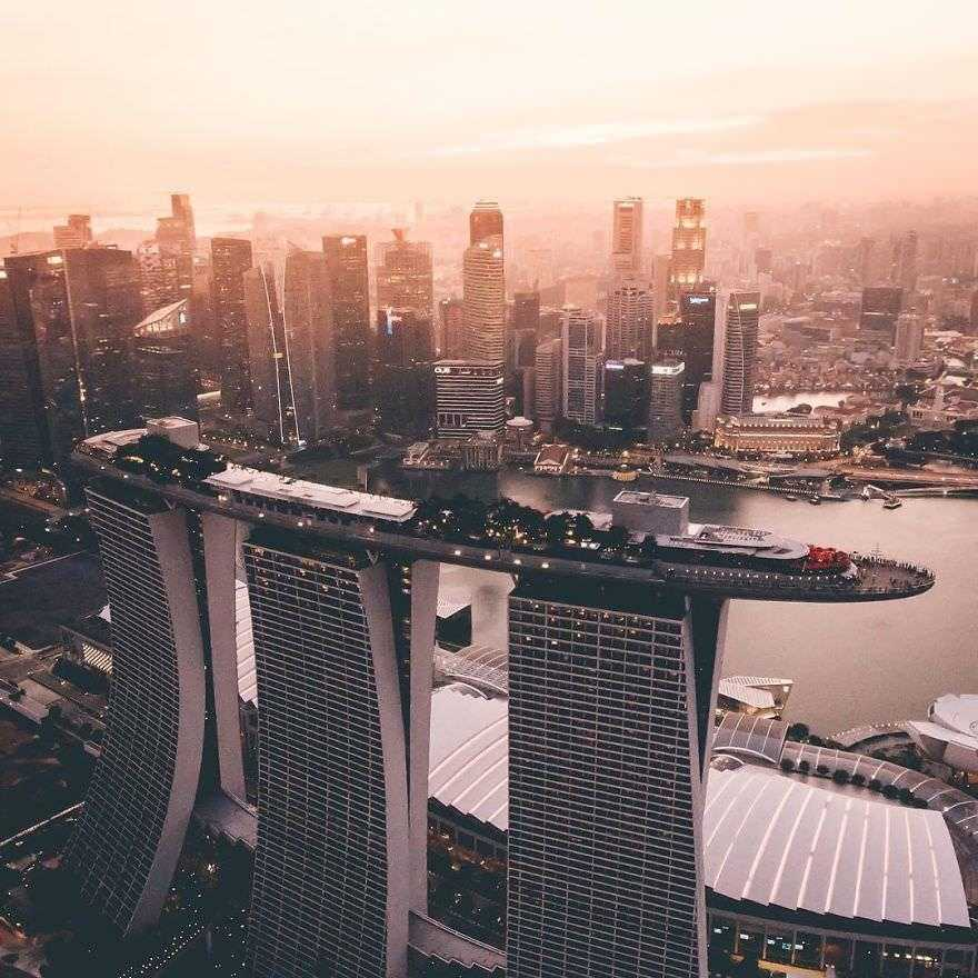 Incredible-views-of-the-country-that-leapt-from-the-third-world-to-the-first-within-one-generation-Singapore-5891904146784__880