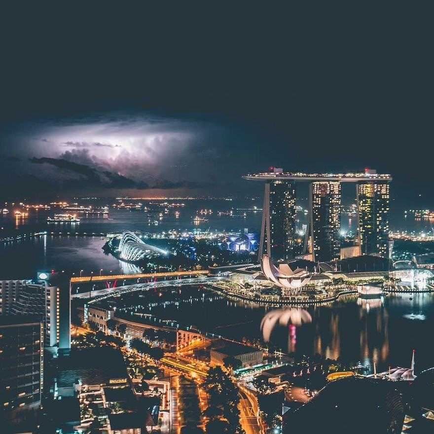 Incredible-views-of-the-country-that-leapt-from-the-third-world-to-the-first-within-one-generation-Singapore-5891905b41808__880