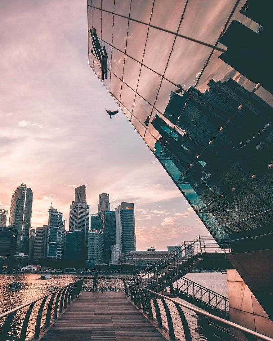 Incredible-views-of-the-country-that-leapt-from-the-third-world-to-the-first-within-one-generation-Singapore-589190656755a__880