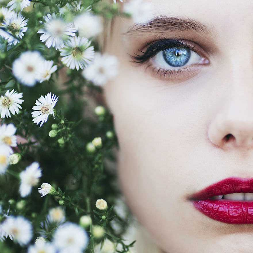 Photographer-inspired-by-a-blue-eyes-models-58974c58cc69f__880