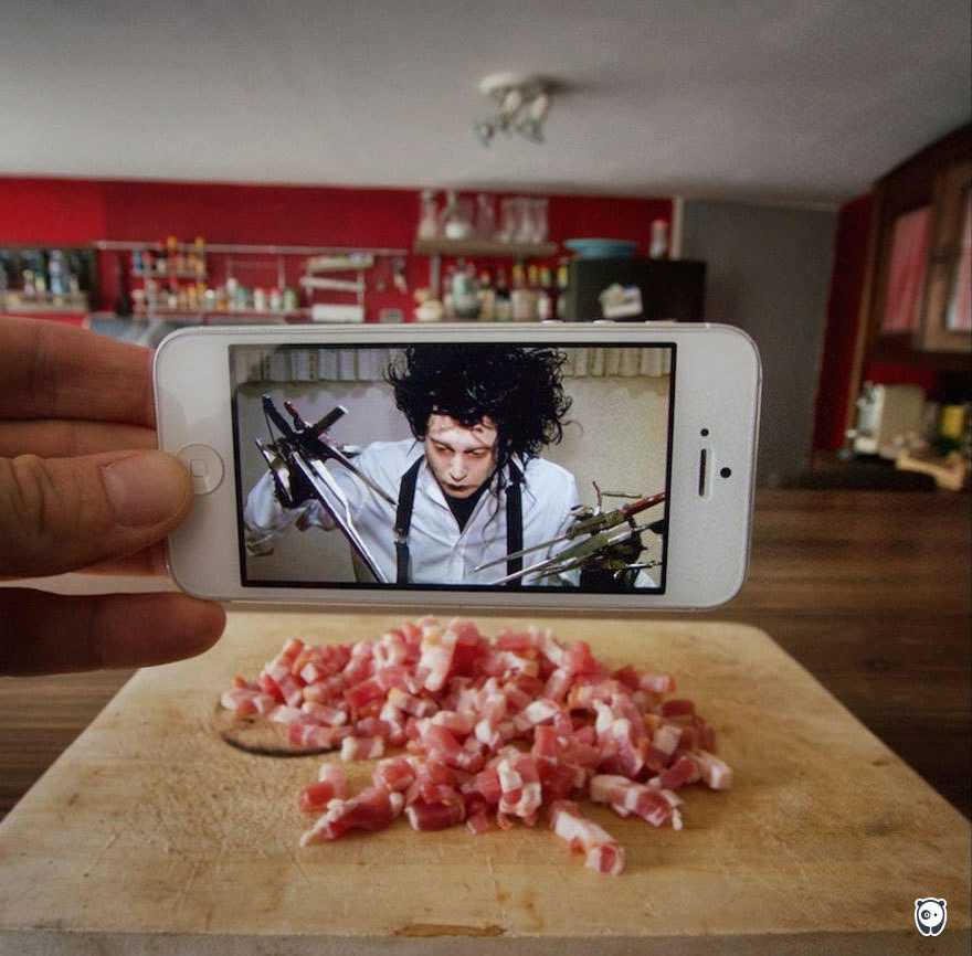 I-Insert-Movie-Scenes-Into-Real-Life-Situations-Using-My-Iphone-58aad73d32a64__700