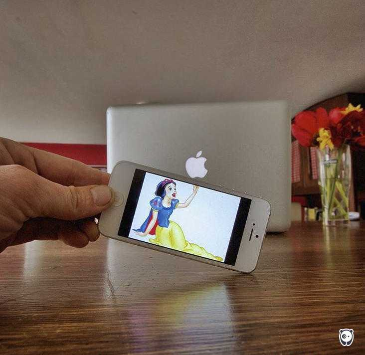 I-Insert-Movie-Scenes-Into-Real-Life-Situations-Using-My-Iphone-58aad9a39c967__700