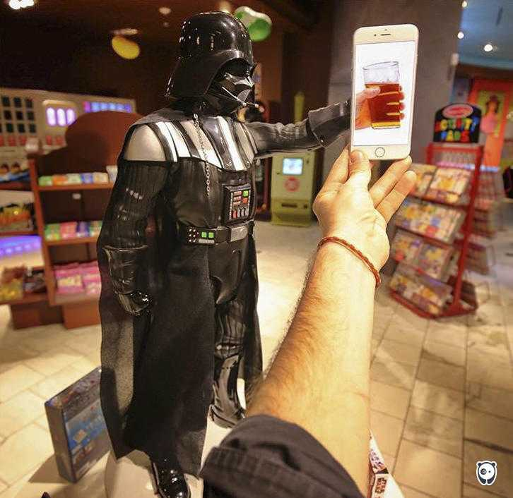 I-Insert-Movie-Scenes-Into-Real-Life-Situations-Using-My-Iphone-58aad9ba6e27b__700