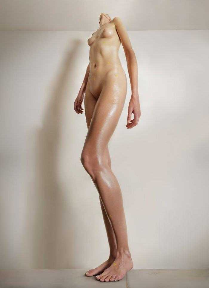 distorted-female-proportions-human-dilatations-roger-weiss-49-5910282b94416__700