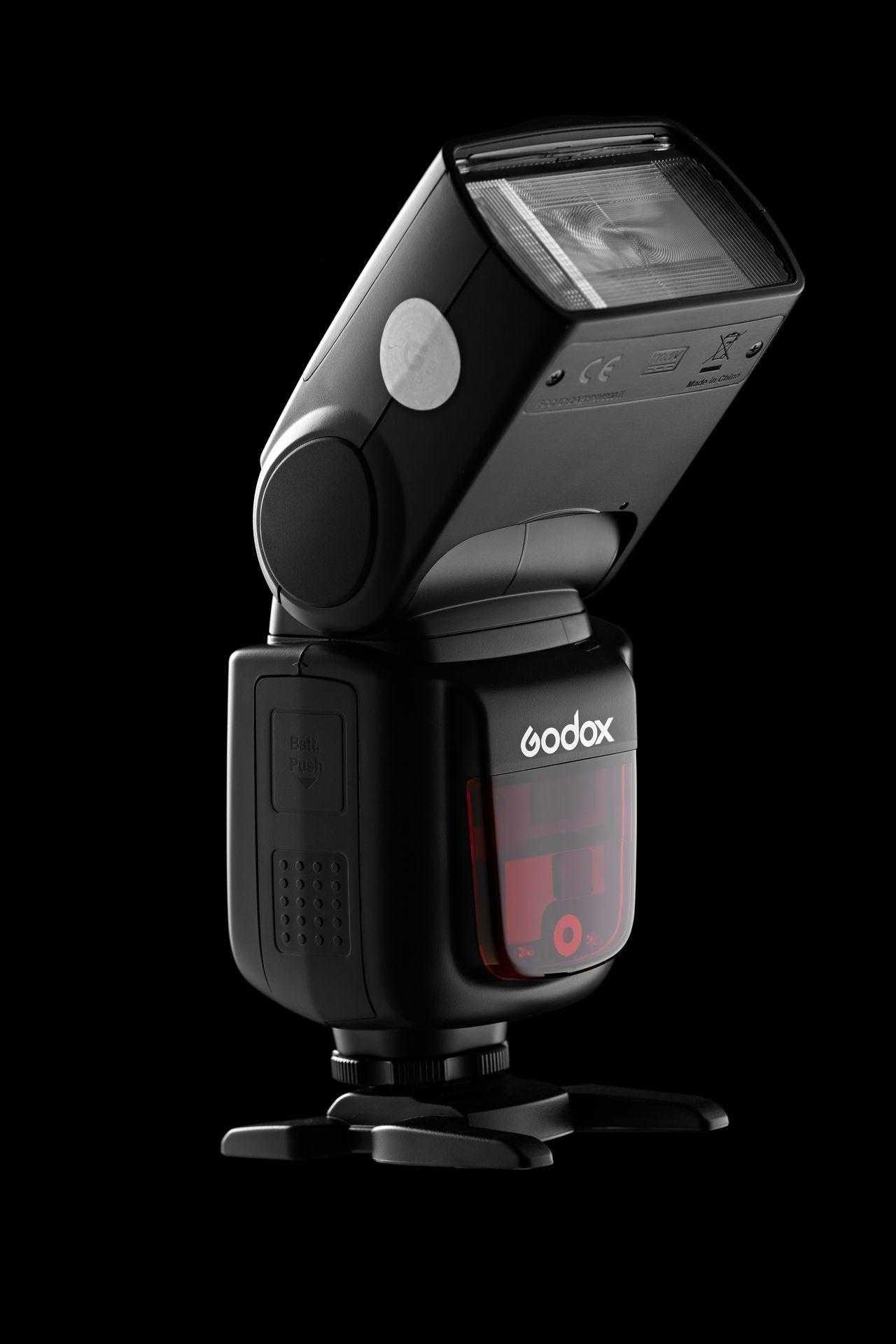 Godox Ving V860II TTL: обзор накамерной вспышки от Павла Молчанова