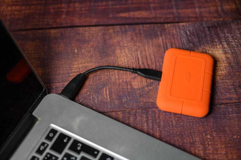 обзор LaСie Rugged SSD