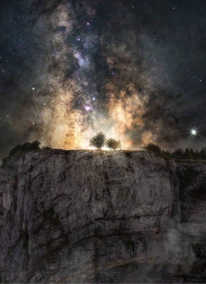 обработка фото ночного неба стены являются